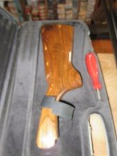 Fusil Perazzi MX12/70 canon 78cm avec 2 crosses, 12 chokes, une mallette